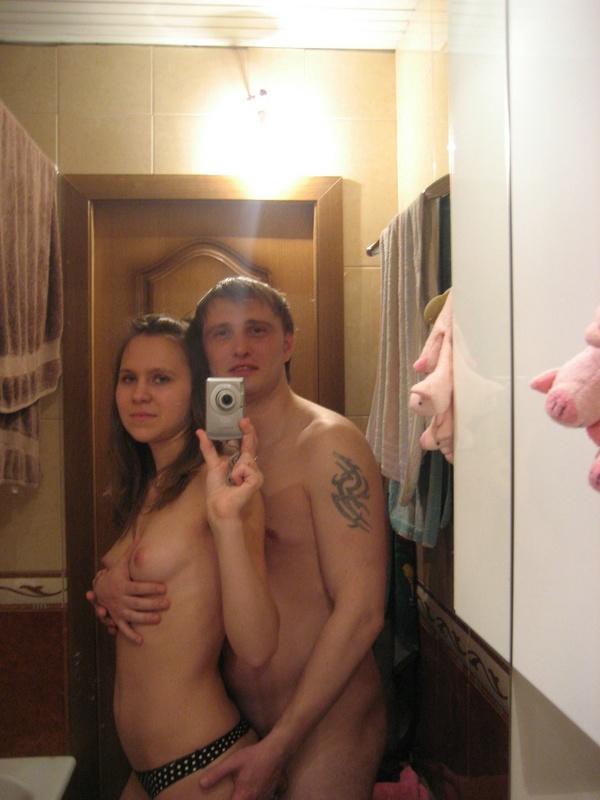 Супруги устроили интимные шалости